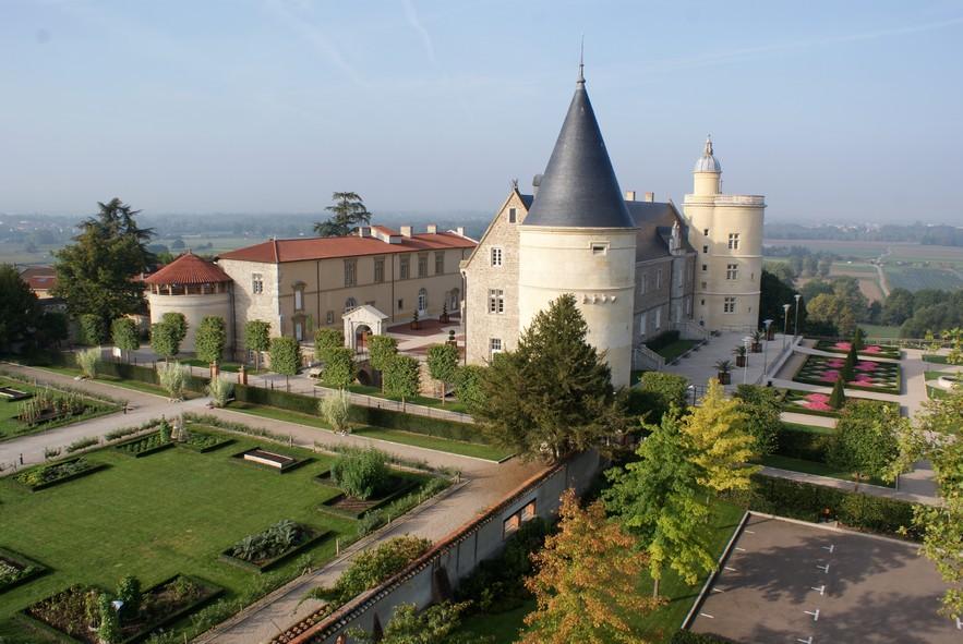Chateau_de_Boutheon.jpg